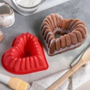 Форма для выпечки «Сердце. Немецкий кекс», 17×17 см, цвет МИКС