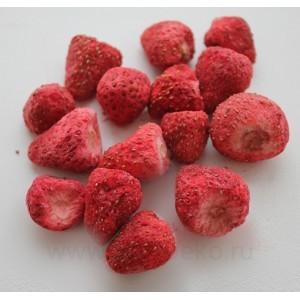 Клубника сублимационной сушки Баба Ягодка  (целые ягоды) 50 г